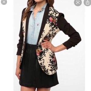 Urban Outfitters Pins and Needles Floral Blazer